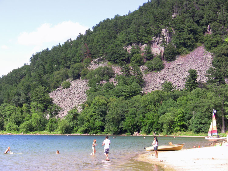 Devils-Lake-Baraboo-WI-South-beach