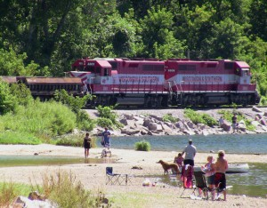 devils-lake-baraboo-wi-train