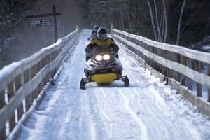 wisconsin-dells-events-activities-snowmobile